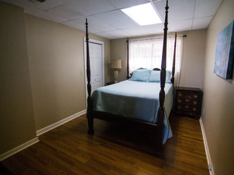 Mountain Dr., Bedroom 4